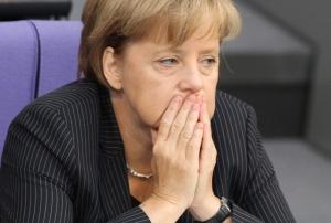 Migranti asfissiati. Arrivano i morti sotto casa, Merkel diventa solidale.